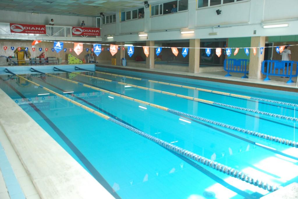 piscina gruppo nasim
